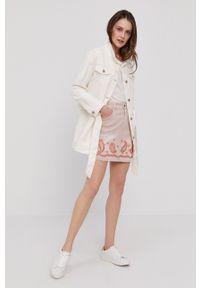 Desigual - Spódnica jeansowa. Okazja: na co dzień. Kolor: różowy. Materiał: jeans. Wzór: aplikacja. Styl: casual