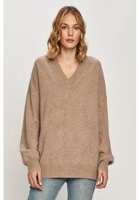Samsoe & Samsoe - Samsoe Samsoe - Sweter wełniany Amarista. Kolor: brązowy. Materiał: wełna. Długość rękawa: długi rękaw. Długość: długie