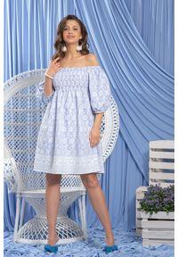Fobya - Błękitna Haftowana Sukienka z Hiszpańskim Dekoltem. Kolor: niebieski. Materiał: bawełna. Wzór: haft