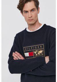 TOMMY HILFIGER - Tommy Hilfiger - Sweter. Okazja: na co dzień. Kolor: niebieski. Wzór: aplikacja. Styl: casual