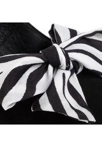Czarne sandały Karino eleganckie, z aplikacjami