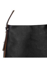 Czarna torebka worek Wittchen elegancka, z aplikacjami