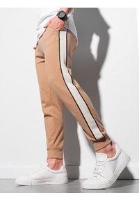 Ombre Clothing - Spodnie męskie dresowe joggery P947 - jasnobrązowe - XXL. Okazja: na co dzień. Kolor: brązowy. Materiał: dresówka. Styl: casual