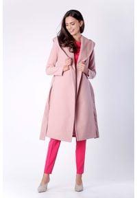 Różowy płaszcz Nommo elegancki, z kapturem