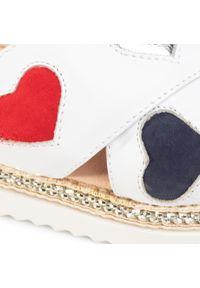 Białe sandały Libero na co dzień, casualowe