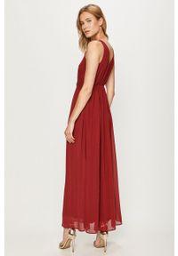 Vero Moda - Sukienka. Kolor: czerwony. Materiał: koronka. Typ sukienki: rozkloszowane