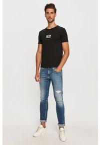 Czarny t-shirt EA7 Emporio Armani casualowy, z okrągłym kołnierzem, na co dzień, z nadrukiem