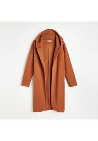 Reserved - Narzutka z dresowej dzianiny - Brązowy. Kolor: brązowy. Materiał: dresówka, dzianina