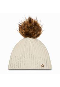Biała czapka zimowa Granadilla