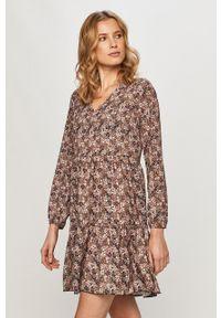 Haily's - Sukienka. Materiał: tkanina. Długość rękawa: długi rękaw. Typ sukienki: rozkloszowane