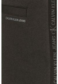 Czarne szorty Calvin Klein Jeans na co dzień, gładkie, casualowe
