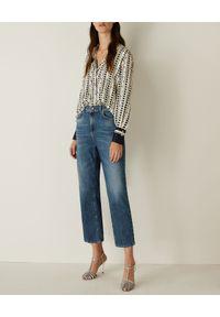 Marella - MARELLA - Wzorzysta koszula Cluny. Okazja: na spotkanie biznesowe, do pracy. Kolor: biały. Materiał: jeans, tkanina. Długość rękawa: długi rękaw. Długość: długie. Wzór: gładki, nadruk. Styl: elegancki, biznesowy