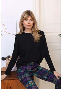 Czarna bluzka oversize Nommo
