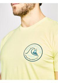 Quiksilver T-Shirt Close Call EQYZT05749 Żółty Regular Fit. Kolor: żółty