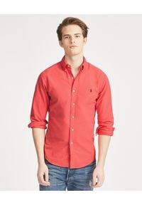 Ralph Lauren - RALPH LAUREN - Koszula Slim Fit. Typ kołnierza: polo. Kolor: czerwony. Materiał: bawełna. Długość rękawa: długi rękaw. Długość: długie. Wzór: haft. Styl: elegancki, klasyczny