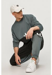 adidas Originals - Bluza bawełniana. Okazja: na co dzień. Kolor: szary. Materiał: bawełna. Wzór: nadruk. Styl: casual