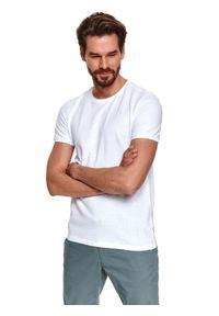 TOP SECRET - T-shirt krótki rękaw męski gładki, z fakturą. Kolor: biały. Materiał: tkanina. Długość rękawa: krótki rękaw. Długość: krótkie. Wzór: gładki. Sezon: lato. Styl: wakacyjny, klasyczny