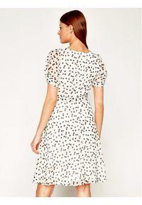 Biała sukienka DKNY na co dzień, casualowa, prosta
