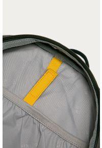 Zielony plecak Jack Wolfskin z nadrukiem
