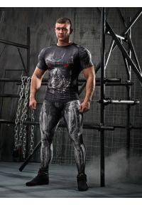 Czarna koszulka sportowa FJ! z krótkim rękawem, krótka, w kolorowe wzory, na fitness i siłownię