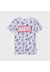 Sinsay - Koszulka Marvel - Biały. Kolor: biały. Wzór: motyw z bajki