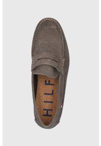 TOMMY HILFIGER - Tommy Hilfiger - Mokasyny skórzane. Nosek buta: okrągły. Kolor: brązowy. Materiał: skóra