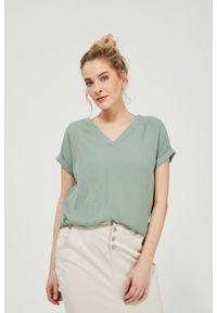 MOODO - Bluzka koszulowa z wiskozy. Materiał: wiskoza. Długość rękawa: krótki rękaw. Długość: krótkie. Wzór: gładki