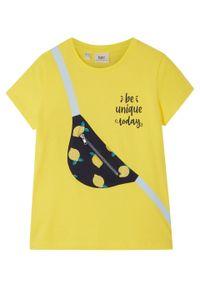 T-shirt dziewczęcy z bawełny organicznej bonprix żółty ananasowy. Kolor: żółty. Materiał: bawełna. Wzór: nadruk