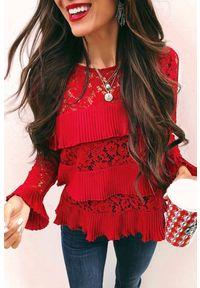 Czerwona bluzka IVET długa, elegancka, z długim rękawem, w koronkowe wzory