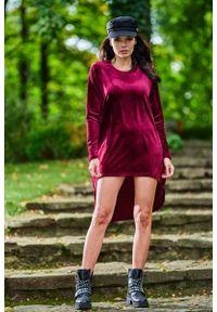 Awama - Welurowa Swobodna Sukienka z Przedłużonym Tyłem. Materiał: welur