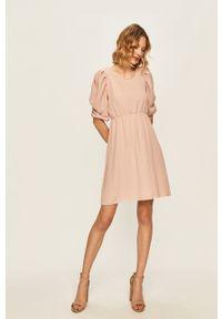 Różowa sukienka Haily's casualowa, midi, z krótkim rękawem