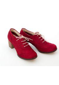 Zapato - sznurowane półbuty na 6 cm słupku - skóra naturalna - model 251 - kolor czerwony sztruks. Kolor: czerwony. Materiał: skóra, sztruks. Obcas: na słupku