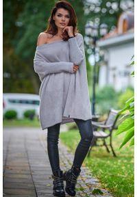 Szary sweter Awama