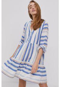 Y.A.S - Sukienka. Kolor: biały. Materiał: tkanina. Typ sukienki: rozkloszowane