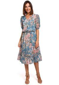 MOE - Zwiewna Szyfonowa Sukienka w Kwiaty z Falbanką - Model 4. Materiał: szyfon. Wzór: kwiaty