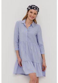 only - Only - Sukienka. Kolor: niebieski. Materiał: tkanina. Wzór: gładki. Typ sukienki: rozkloszowane