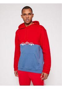 Adidas - adidas Bluza adicolor Sliced Trefoil GN3443 Czerwony Regular Fit. Kolor: czerwony