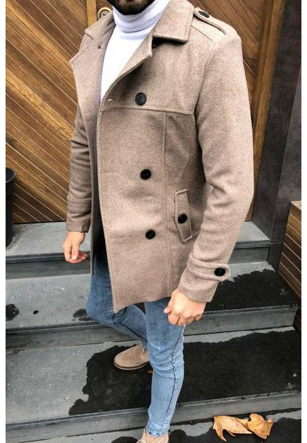 Brązowy płaszcz IVET