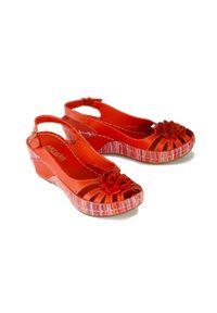 Czerwone sandały Artiker Relaks