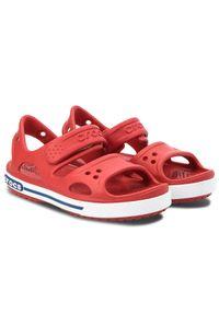 Czerwone sandały Crocs na rzepy, sportowe