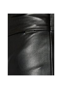 Czarne legginsy sportowe Guess