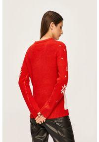 Czerwony sweter ANSWEAR z okrągłym kołnierzem
