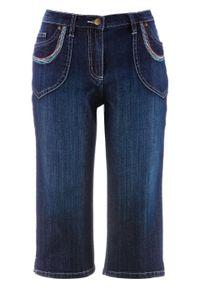 Rybaczki dżinsowe Straight bonprix ciemnoniebieski denim. Kolor: niebieski. Wzór: kolorowy, haft