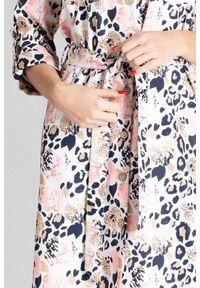 Sukienka Figl szmizjerki, z motywem zwierzęcym, do pracy