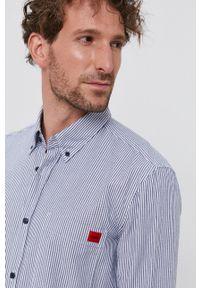 Hugo - Koszula bawełniana. Typ kołnierza: button down. Kolor: biały. Materiał: bawełna. Długość rękawa: długi rękaw. Długość: długie