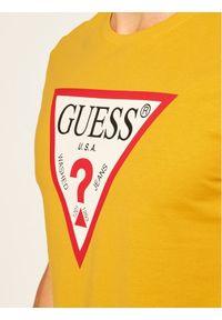 Guess T-Shirt Cn Ss Original Logo Tee M0YI71 I3Z11 Żółty Slim Fit. Kolor: żółty