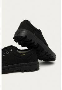 Palladium - Tenisówki. Nosek buta: okrągły. Zapięcie: sznurówki. Kolor: czarny. Materiał: guma