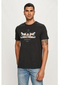 Czarny t-shirt Levi's® na spotkanie biznesowe, z okrągłym kołnierzem, casualowy, w kolorowe wzory