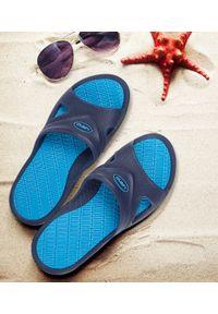 LANO - Klapki męskie basenowe Lano KL-5-0401-J Niebieskie. Okazja: na plażę. Zapięcie: bez zapięcia. Kolor: niebieski. Materiał: guma. Obcas: na obcasie. Wysokość obcasa: niski. Sport: pływanie