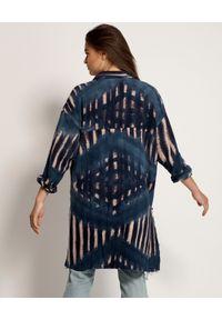 ONETEASPOON - Koszula Santorini Tie Dye. Kolor: niebieski. Materiał: bawełna, jeans. Długość rękawa: długi rękaw. Długość: długie. Wzór: haft, aplikacja. Styl: boho